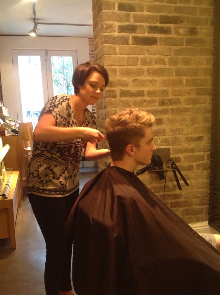 The perks of being a hairstylist salon du beau monde for A beau monde salon